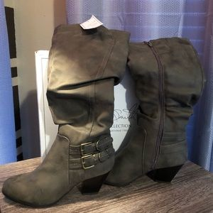 Jaclyn Smith faux leather boots